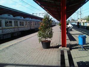 stasiun pagi hari